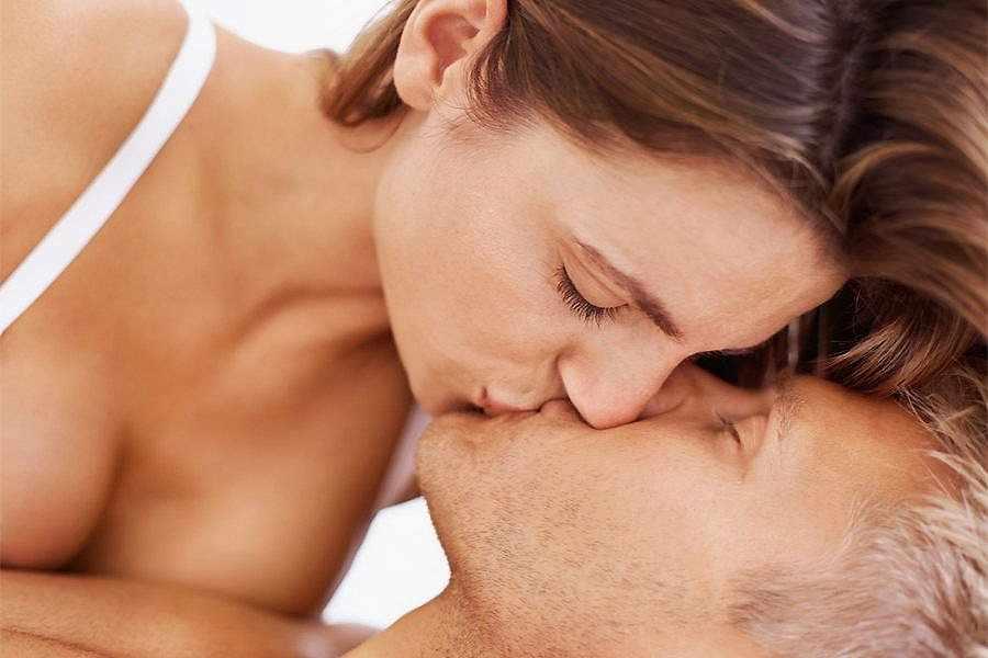 Почему заниматься сексом стали реже